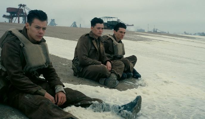 """Kadr z filmu """"Dunkierka"""""""